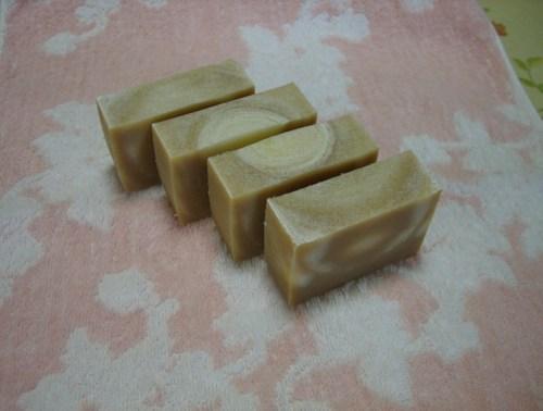#112茶トラの花子(黒糖石鹸)